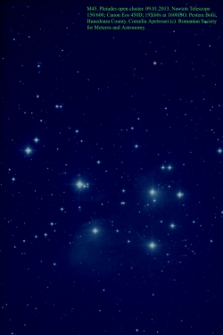 M45,_Pleiadele,_mic.jpg